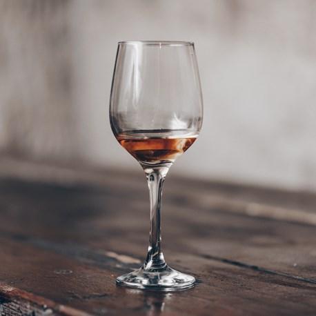 Få Vinens Aroma Frem I Vinglasset