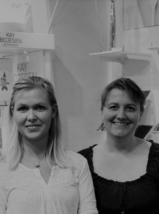 Butiksejer Jeannette og hendes kollega