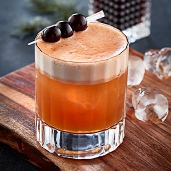 Essens3 Opskrift 298X298 Hoejtider Cocktails Amarettosour