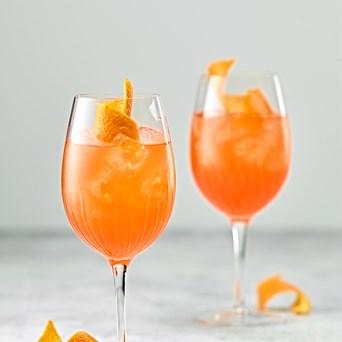Cocktails 640X960px Aperol Spritz Sour