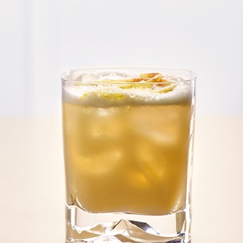 Cocktails 640X960px Whiskey Sour